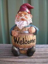 WELCOME GARDEN GNOME IN BARREL HOME OR GARDEN ORNAMENT STATUE