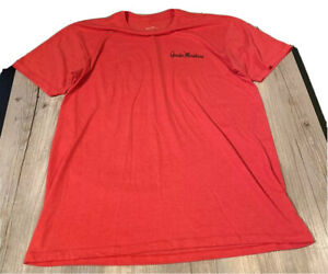 Gander Mountain Ss Red T-Shirt Men's Sz L We Live Outdoors Graphic