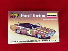 Lindberg ford torino yellow body snap fit 1/32 model kit NIB vintage 1981