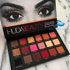 Huda Beauty Eyeshadow 18 Shimmer & Matte Textured  Palette - Rose Gold Edition
