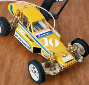 Vintage Team Associated RC10 Gold Pan Racing Buggy with Box rc car ORIGINAL