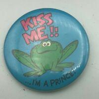 """1973 Vintage Frog Kiss Me! I'm A Prince! 2-1/4"""" Pin Pinback Button P6"""