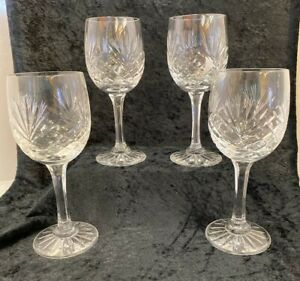 4 Beautiful Lead Crystal Wine Glasses from Harrods (D2)