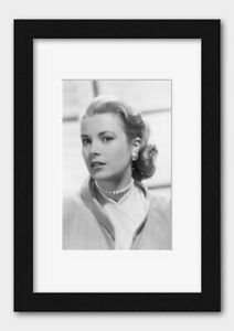 Classic Hollywood Films Actress Grace Kelly With Pearl Earrings Print