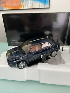 Lancia Delta HF Integrale Club Hi-Fi Dark Blue limited in 1:18