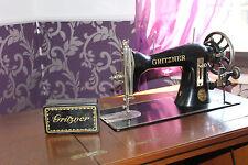 GRITZNER VG Zentralspulen-Nähmaschine mit schönem Nähschrank, Antik