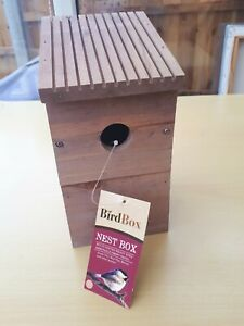 Bird Nesting Box - Wood / Wooden - Robins, Great Tits, Blue Tits - New with Tag