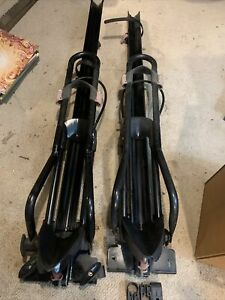 Yakima 8002103 Rooftop FrontLoader Bicycle Roof Rack Lot Of (2) Pair