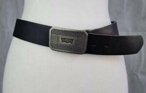 LEVIS Batwing 100% Bovine Leather Black Belt with Metal Buckle Size 95/38