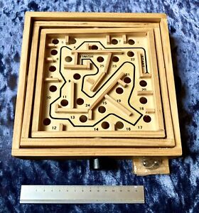 NEW Chunky Traditional Wooden Toy,puzzle,labyrinth,maze,game,family,child,kids