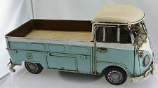 Nachgebildeter  Bulli T1 Pritschenwagen aus Blech / Blechspielzeug