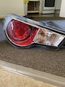 Toyota 86 / BRZ stock tail lights