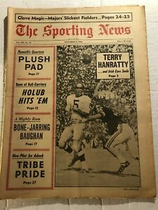 1966 Sporting News NOTRE Dame TERRY HANRATTY No Label FIGHTING IRISH Eyes SMILE