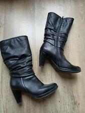Superbes bottes noires en cuir excellent état pointure 37