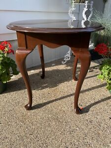 """Vtg. ETHAN ALLEN Georgian Court Traditional 23x28"""" Oval Accent End Table 11-8406"""