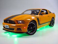 Ford MUSTANG BOSS 302 Orange 2013 1:18 tuning lumière xenon Conversion