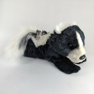 Yomiko Classics Realistic Skunk Small by Russ Berrie 2019 Soft Stuffed Toy