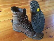 ALTBERG DEFENDER BROWN BOOTS - 9M - GRADE 2 - BRITISH ARMY - ZE2371