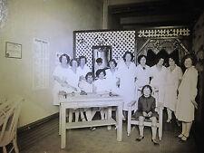 ANTIQUE AMERICAN FLAPPER GIRLS 1925 BEAUTY SHOP CULTURIST CHINESE FIGURE PHOTO