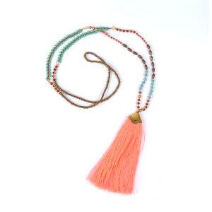 Handgefertigte Quasten Halskette Boheme Look Orange
