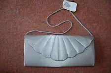 New Jessica McClintock Silver Satin Sheen Clutch Purse Bag Shell Escalloped Prom