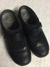 Dansko Women's Black Leather Slip On Comfort Casual Mules Shoes Size 39 U.S. 7.5