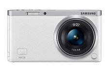 Samsung NX NXF1 20,5 MP Digitalkamera - Weiß (Kit mit ED OIS 9-27mm Objektiv)