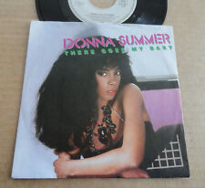 "DISQUE 45T DE DONNA SUMMER   "" THERE GOES MY BABY """