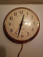 "Vintage Westclox Electric Wall Clock Spice S13-G - Copper - 6 7/8"" round - WORKS"