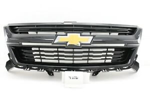 New GM OEM Chevy Colorado 2015-2021 Gloss Black Sport Painted Grille 84270791