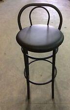 Sgabello alto per snack,bar,locale in finta pelle seduta nera struttura nera