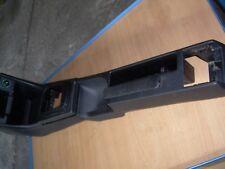VW Passat 35i Vorfacelift Variant Mittelkonsole komplett o. Aschenbecher schwarz