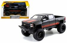 JADA 1:24 W/B JUST TRUCKS OFF-ROAD EDITION 2014 CHEVROLET SILVERADO W RED DECALS