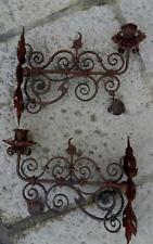Paire d'appliques anciennes à bougeoirs fer forgé  - Gothique