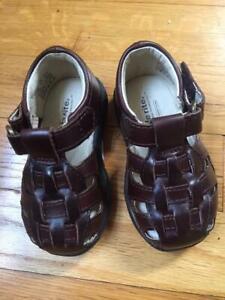 STRIDE RITE Harper Toddler Boy's Leather Sandals Sz. 4 NWOB