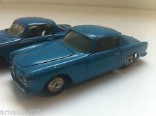 Dinky Toys - 24 J - Alfa Romeo 1900 Super Sprint (Bleu pâle)