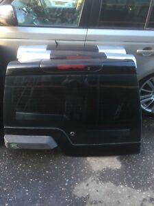 LAND ROVER DISCOVERY 3 & 4 UPPER TAILGATE AND GLASS IN  JAVA BLACK