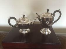 BEAUTIFUL SILVER PLATED TEA/COFFEE POTS ON  RAISED FOOT (SPTP 0310)