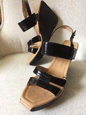 Salvatore Ferragamo 9B Wedge Platform Sandals Patent Leather Heels Strappy Shoe