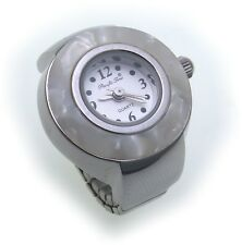 Ring Uhr versilbert Fingeruhr perlmuttfarben Quartz Qualität Ringuhr Perlmutt