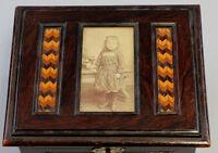 8380023 Foto-Schatulle mit Serpentin-Einlage um 1910