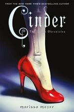 Cinder: Book One In The Lunar Chronicles: By Marissa Meyer