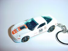 NEW 3D WHITE 2009 CHEVROLET CORVETTE ZR1 CUSTOM KEYCHAIN GULF  keyring chevy