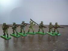 BRITAINS DEETAIL WW2 7 JAPANESE SOLDIERS