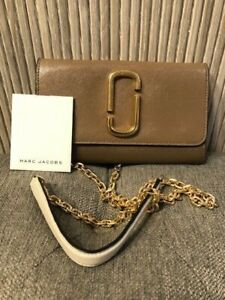 Authentic MARC JACOBS SNAPSHOT Brown FRENCH GRAY CHAIN Crossbody Bag