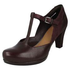 Zapatos de tacón de mujer de piel color principal rojo talla 39