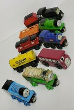Thomas the train wooden trains lot of 10
