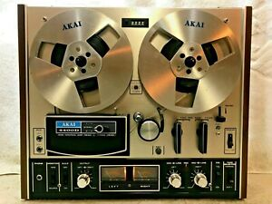 AKAI 4400D STEREO REEL-TO-REEL TAPE DECK - EXCELLENT !!!  SEE VIDEO