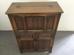 Old Charm Solid Wood Drinks Cabinet