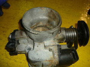 90-93 Isuzu Stylus - Geo Strom Throttle Body  Factory Original OE OEM